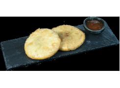 H24. Gâteaux aux ciboulettes (2 pièces)